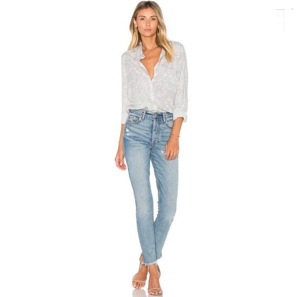 15e8dad11e1d9 SOFT Joie snake print blouse. M 5a3357763c6f9fb96d0093c2
